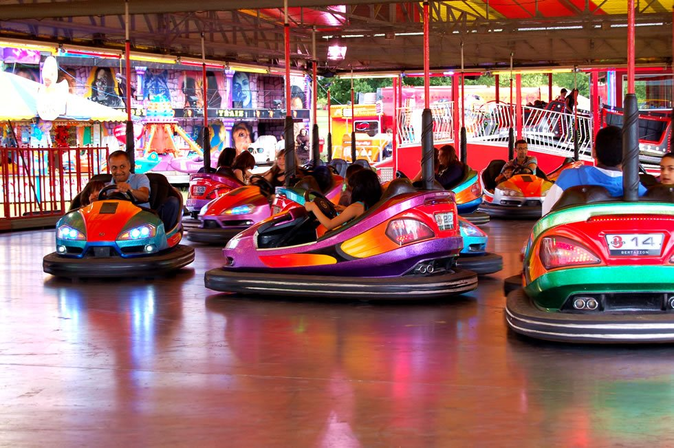 Bumper Cars And Funfair Dodgems For Hire