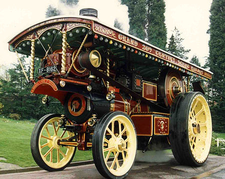 Showman's Traction Engine Image